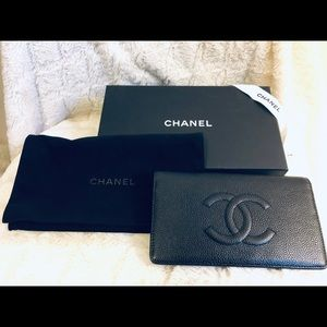 Chanel Caviar Leather Folding wallet